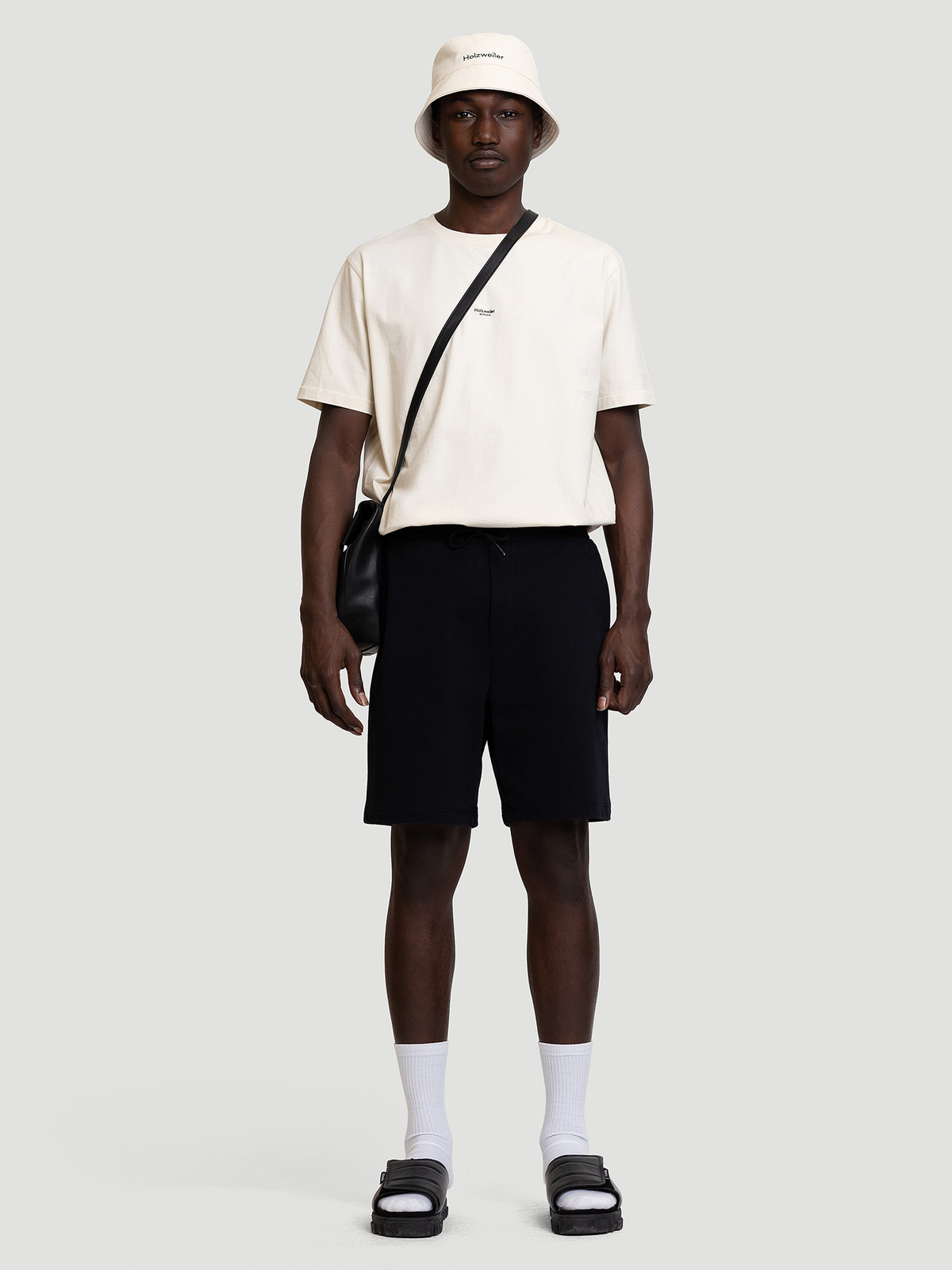 M. Oslo Shorts Black 0