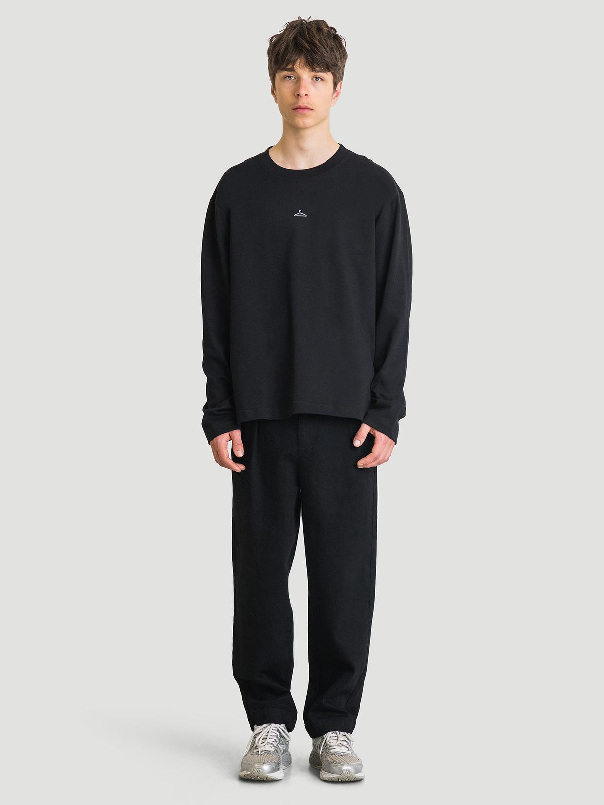 Hanger Longsleeve Black 8
