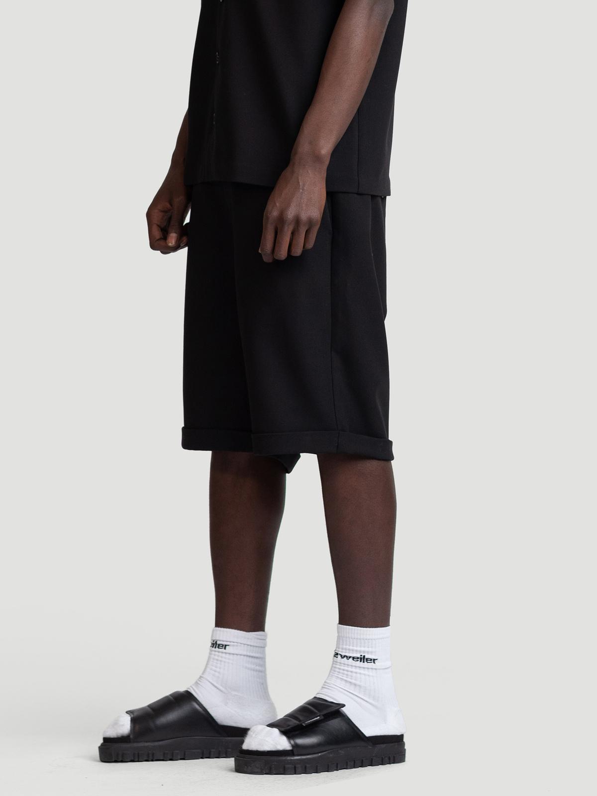 Temo Shorts  Black 2