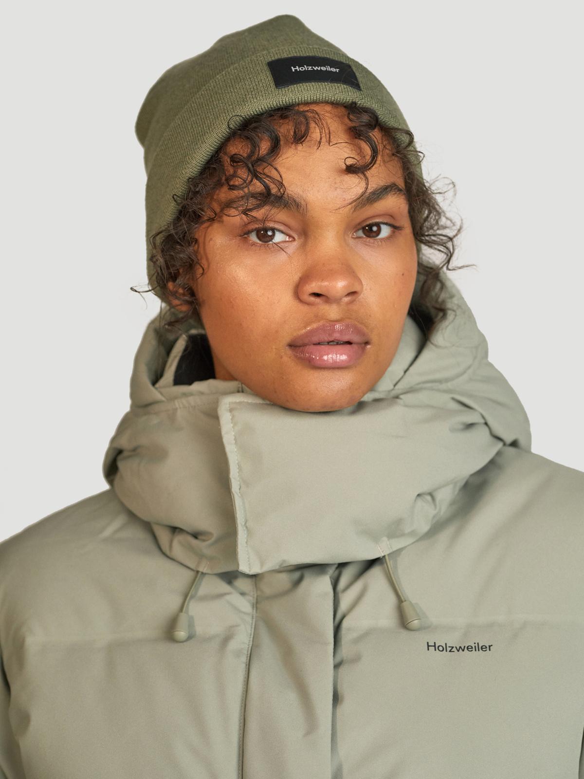 Besseggen Down Jacket  Teal 1