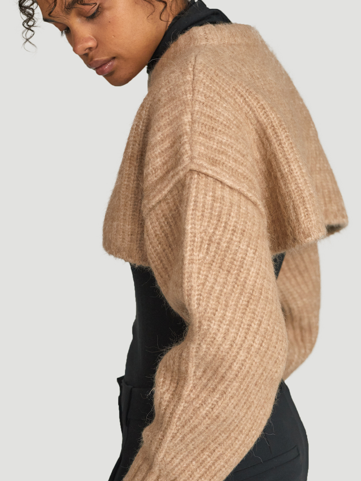 Bored Cropped Knit  Sand 3
