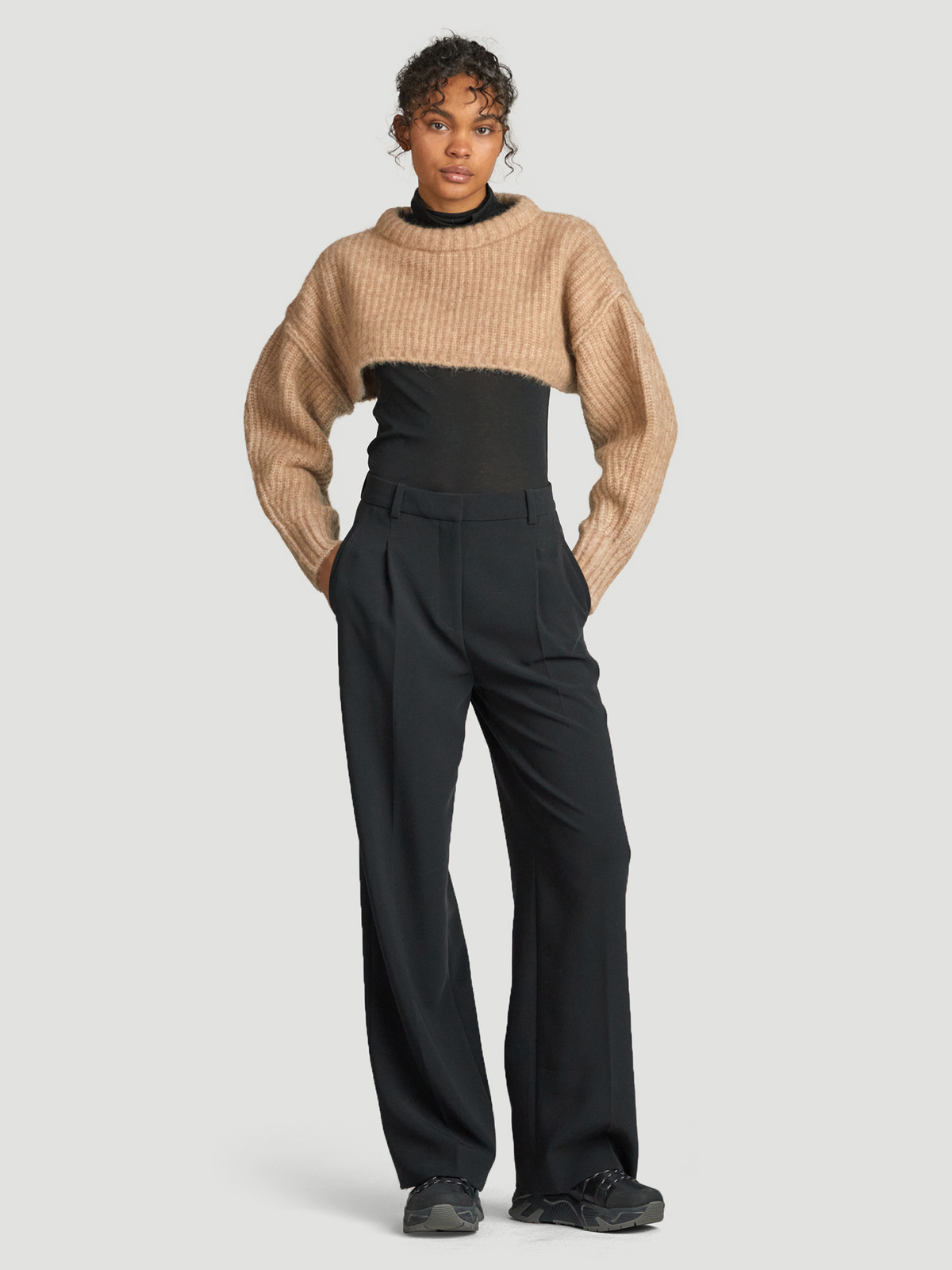 Bored Cropped Knit  Sand 2