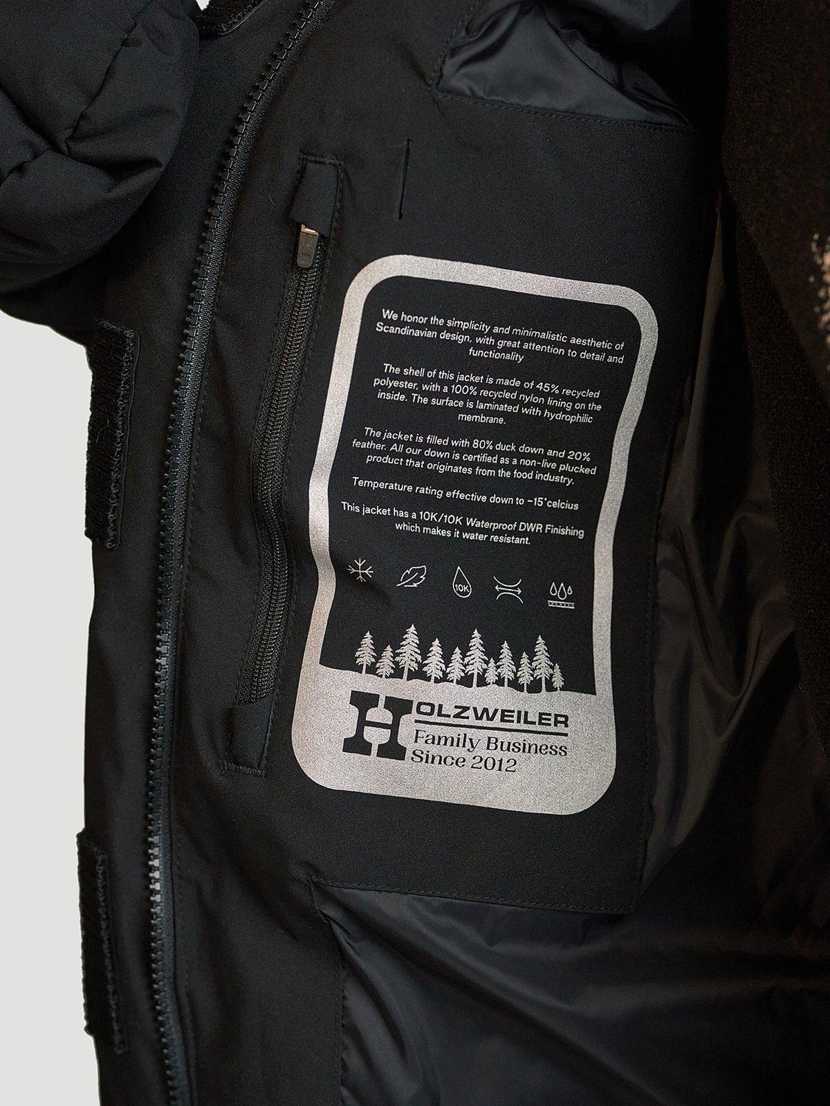 Besseggen Down Jacket Black 6