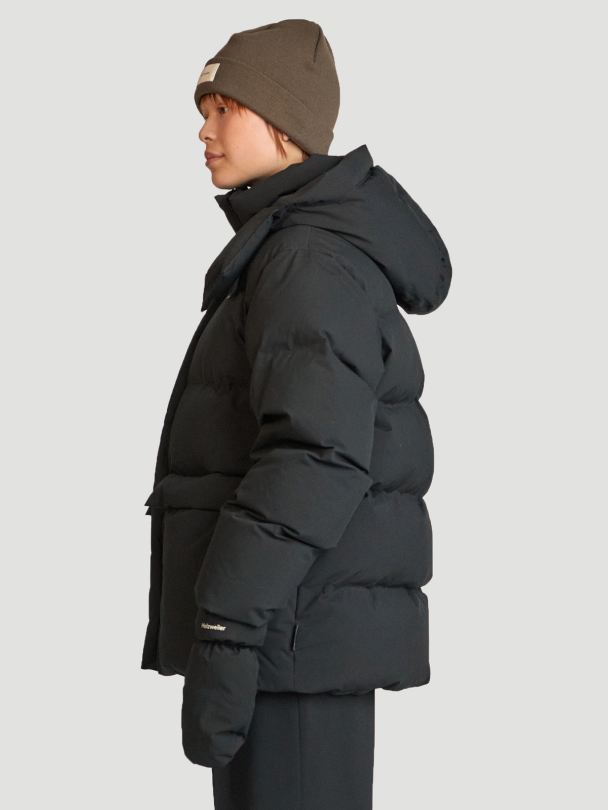 Besseggen Down Jacket Black 3
